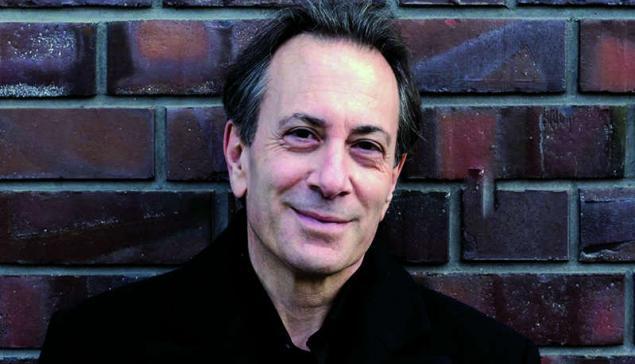 Maestro Ira Levin, novo regente do TMRJ [divulgação]