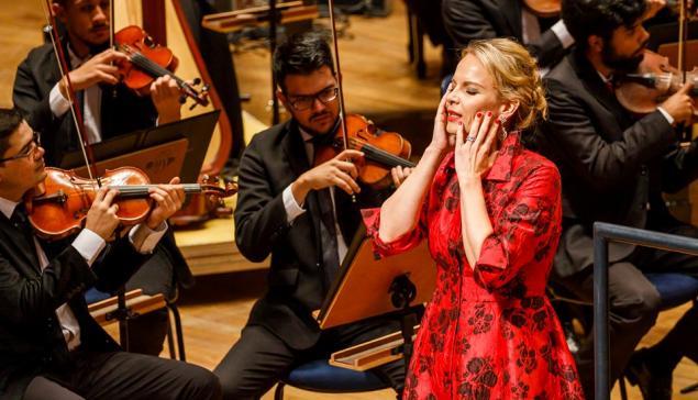 A mezzo soprano Elina Garanca durante concerto na Sala São Paulo [Divulgação]
